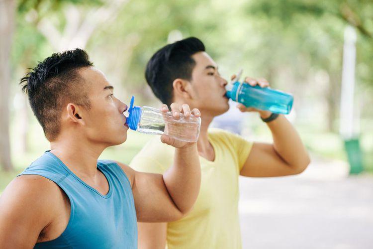 Menjaga Ginjal Tetap Sehat Tanpa Minum Obat