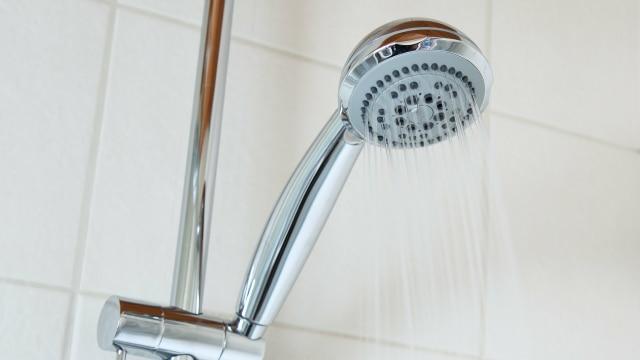 7 Manfaat Mandi dengan Air Hangat