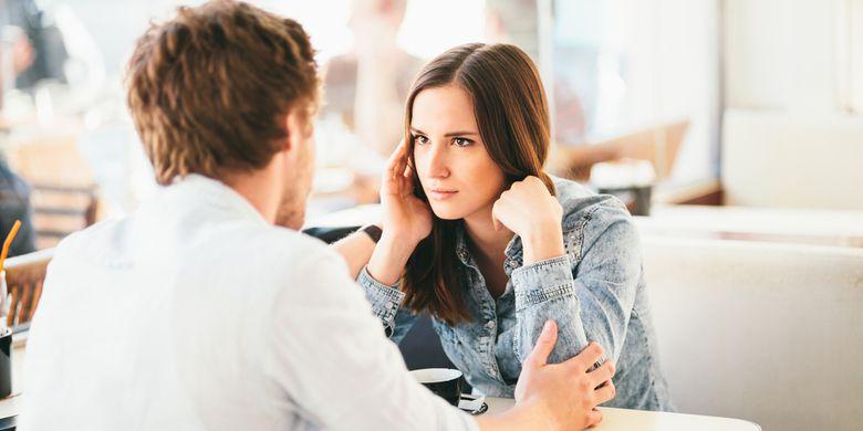Mencegah Salah Paham Komunikasi dengan Pasangan