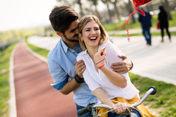 8 Tanda Kamu Terlalu Bergantung dengan Kekasih