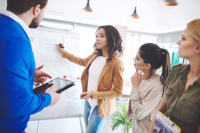 Tips Karier: 4 Cara Mempertahankan Profesionalitas di Dunia Kerja