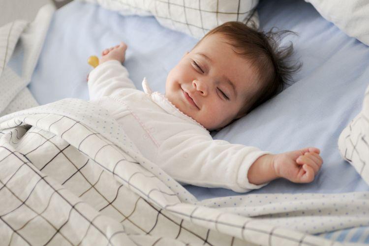 Kipas Angin atau AC untuk Bayi, Mana yang Lebih Aman?