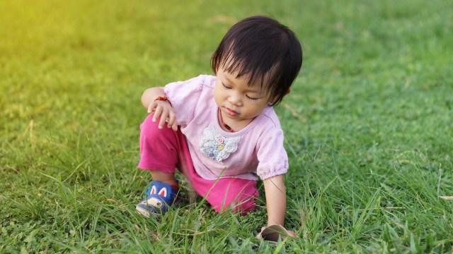 Waspada Bila Anak Tampak Begitu Lamban dan Mudah Jatuh