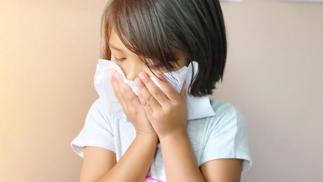 Tips Cegah Anak Sakit di Musim Hujan