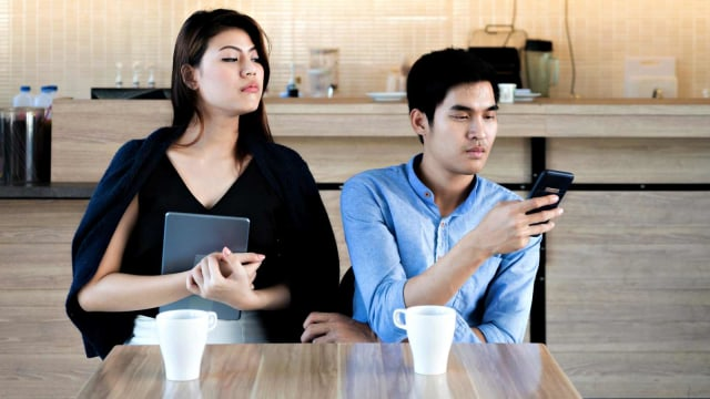 5 Alasan Seseorang Memutuskan untuk Selingkuh dari Pasangan