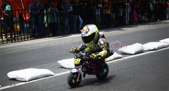 Rider Cilik Ikut Roadrace