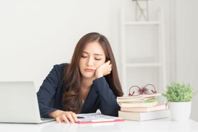 Tips Pekerjaan: Begini Cara Atasi Baper di Kantor