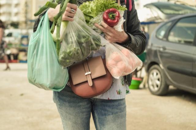 Baru Selesai Belanja, Ini Tips agar Bahan Makanan Keluarga Terhindar dari Corona