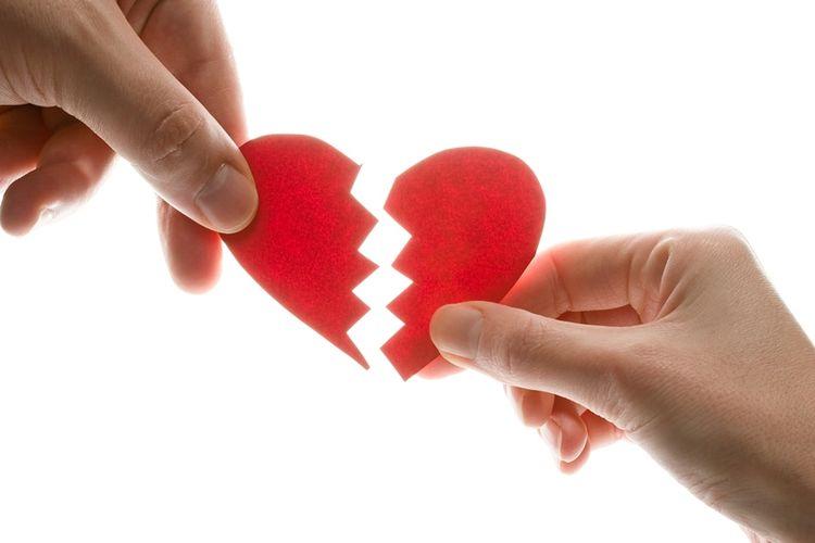 Kembali ke Pelukan Mantan Kekasih, karena Cinta atau Takut Sendirian?