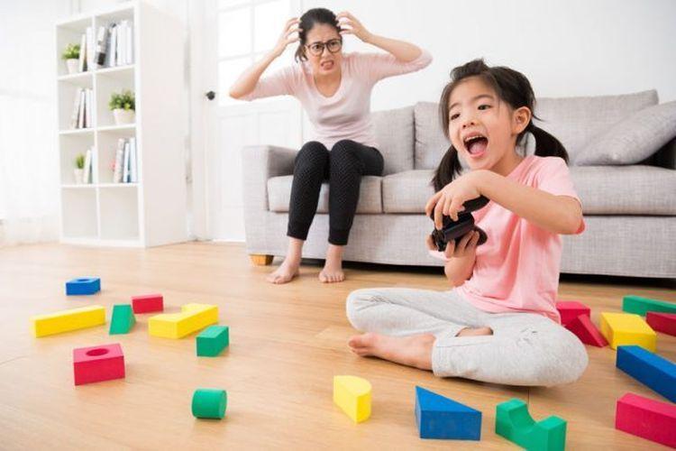 Lihatlah, Bagaimana Stres pada Orangtua Bisa Sangat Melukai Anak