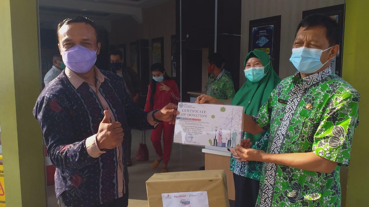 AMSI-EMCL Serahkan APD untuk Nakes di Bojonegoro dan Tuban