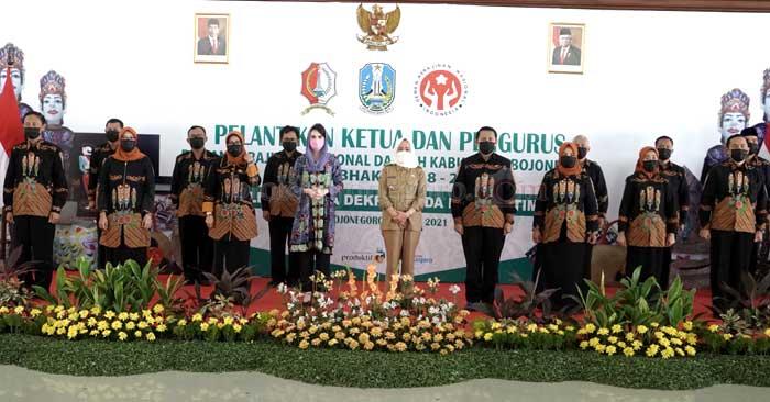 Arumi Bachsin Hadiri Pelantikan Dekranasda