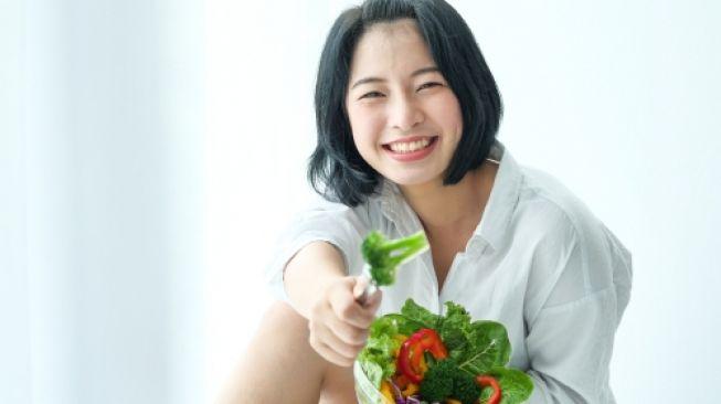 Pada Wanita Dewasa, Konsumsi Makanan Sehat Dapat Meningkatkan Kesehatan Mental