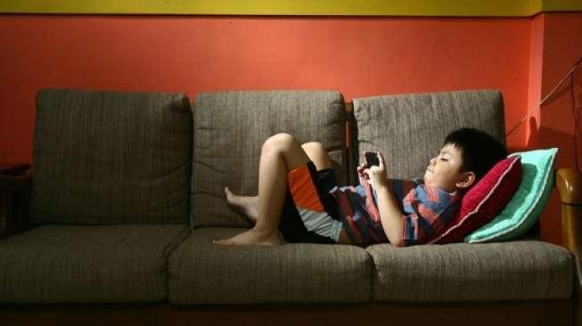 5 Manfaat Ponsel untuk Anak yang Perlu Orangtua Tahu