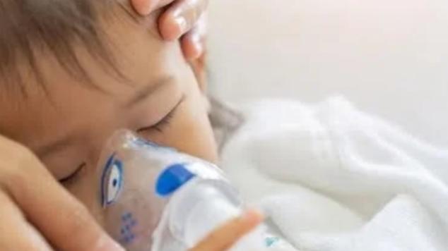 Tak Perlu Obat, Ini Cara Efektif Hilangkan Batuk Bayi