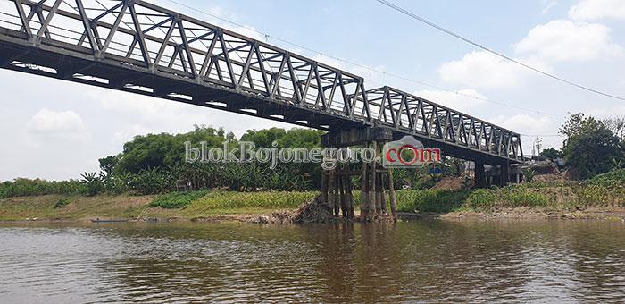Ditutup Total, Jembatan Glendeng Lengang