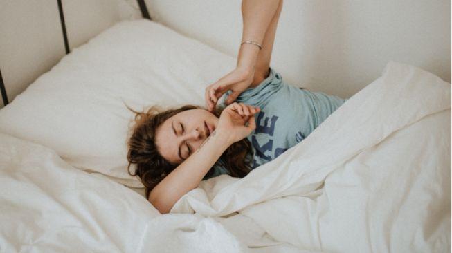 Sulit Tidur Malam Nyenyak karena Alami Kecemasan, Lakukan 5 Cara Ini