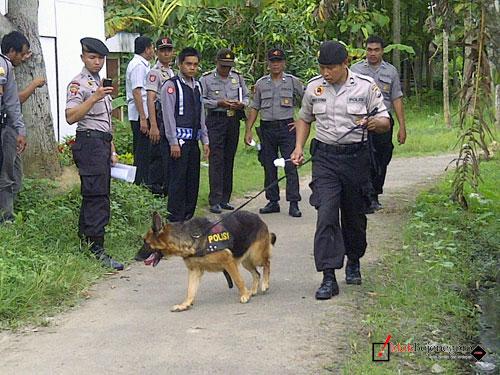 Bojonegoro | Polisi Turunkan Satuan Anjing Pelacak