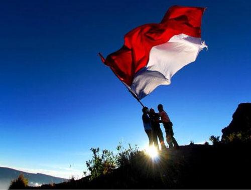 19 12 bendera merah putih diusulkan direvisi warta waspada online