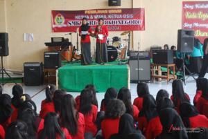 Pemilu, Calon Ketua OSIS SMK PGRI 2 Berkampanye