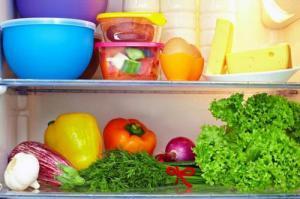 Kiat Menyimpan Bahan Pangan dalam Kulkas