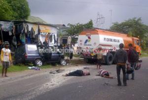 Kecelakaan Beruntun di Banjarejo, Satu Tewas