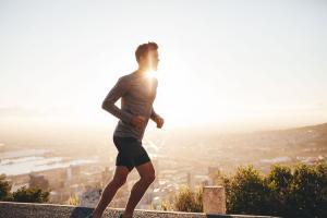 Jangan Lakukan 5 Hal Ini Usai Olahraga Lari