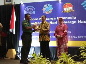 Anggota Kodim Bojonegoro Juara 1 Motivator KB Pria Tingkat Nasional