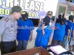 Sembilan Penjudi Ditangkap dalam Sepekan