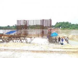 Pengerjaan Jembatan Trucuk Terkendala Banjir