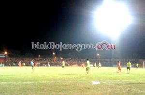 Tahan Imbang Perseta 1-1, Persibo Lolos ke Semi Final