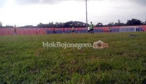 Ketika Uji Coba, Diharapkan Rumput Stadion Sudah Bagus