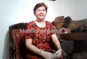 dr. Endah, Istri Calon Wakil Bupati Budi Irawanto