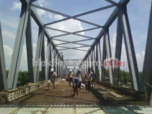 Longsor, Jembatan Padangan-Kasiman Terancam