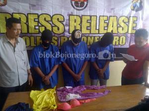 Diduga Memerkosa, 3 Warga Sumengko Ditangkap