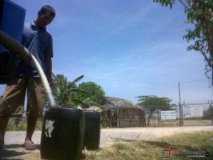 Para Petani di Mojodelik Kesulitan Air