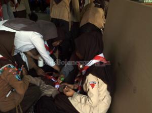 Puluhan Siswi Pingsan saat Ikuti Upacara Kemah Bhakti ke 3