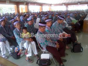 458 Petani Berangkat Haji