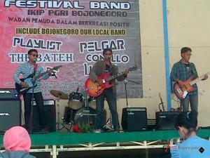 IKIP PGRI Bojonegoro Gelar Festival Band Musik Kampus