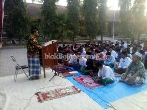 Siswa SMPN Sekar Salat Idul Adha dan Bekurban