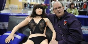 Mampukah Kehadiran Robot Seks Menggantikan Kepuasan Bercinta?