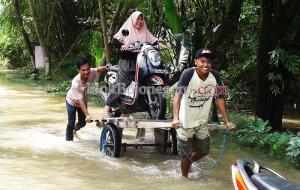 Ojek Grobak, Hanya Ada saat Banjir