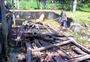 Arkeolog Borobudur Sambangi Sisa Perahu Kuno