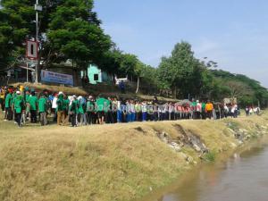 Bersih Bengawan Jelang Perahu Hias